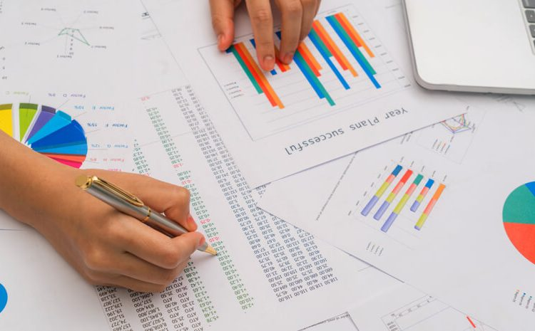 Half-baked Analytics and Analytics: The Burning Difference
